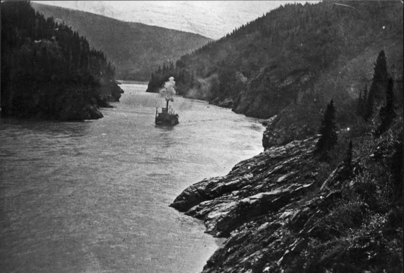 Steamer in Woods Canyon