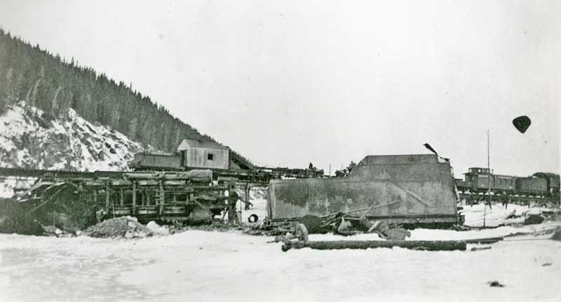locomotive crashes thru trestle-2