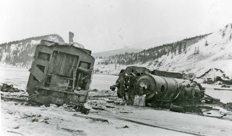 locomotive crashes thru trestle-3